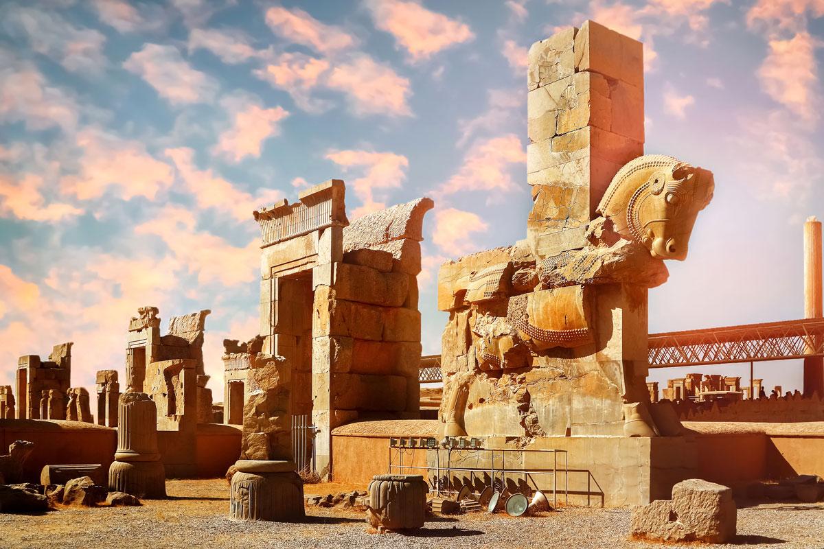Steinskulpturen aus dem antiken Persepolis